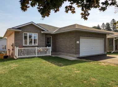 Tammy Todd _249 Whiting st ingersoll MLS-11