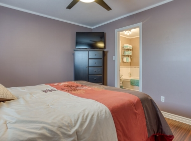 Tammy Todd _249 Whiting st ingersoll MLS-28