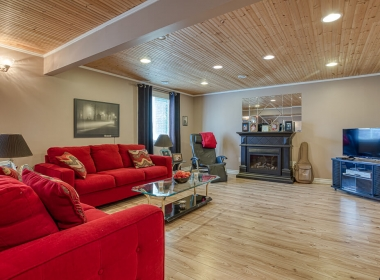 Tammy Todd _249 Whiting st ingersoll MLS-33