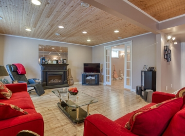 Tammy Todd _249 Whiting st ingersoll MLS-34