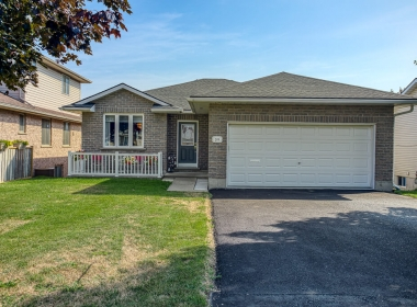 Tammy Todd _249 Whiting st ingersoll MLS-6